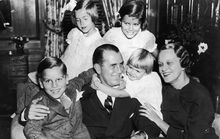 Grace's family with 4 children