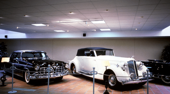 Where to go in Monaco: Private Collection of Antique Cars