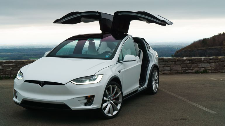 Tesla X- electric car