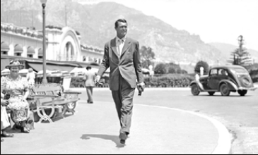 Cary Grant at The Place du Casino in 1939 © Courtesy of Monte-Carlo SBM