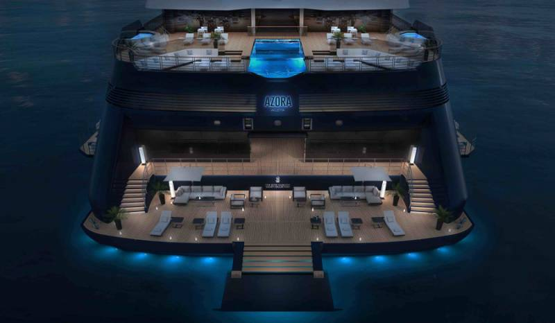 The Ritz-Carlton Yacht Collection: Azora