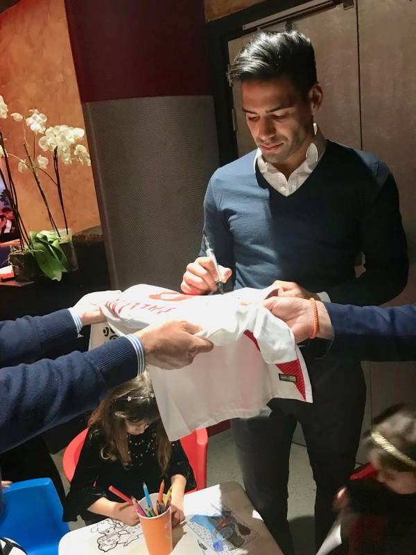 """iConnect Monaco organised the charity evening """"Christimas Giving with Falcao"""""""