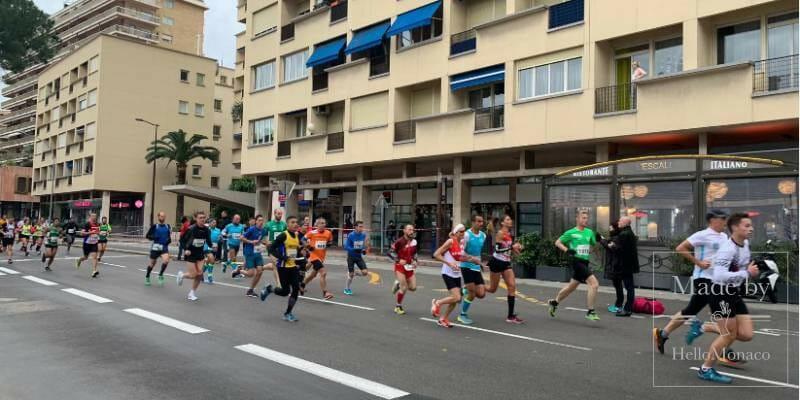 Забег U Giru de Natale собрал 2000 участников