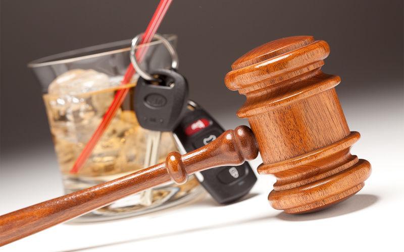 Закон и порядок: воровство одежды с логотипом Формулы 1