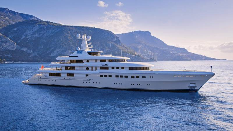 Report on death of 81-metre superyacht Kibo (now Grace)