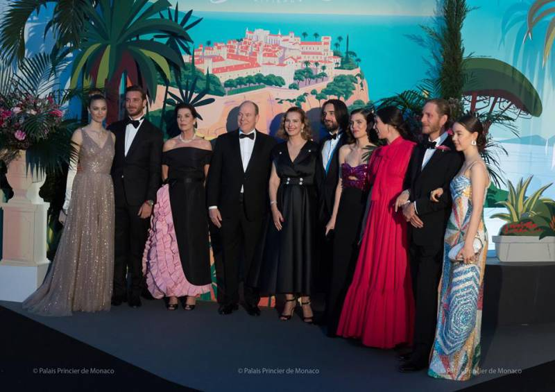 Heavenly Bal de La Rose 2019 with a touching tribute