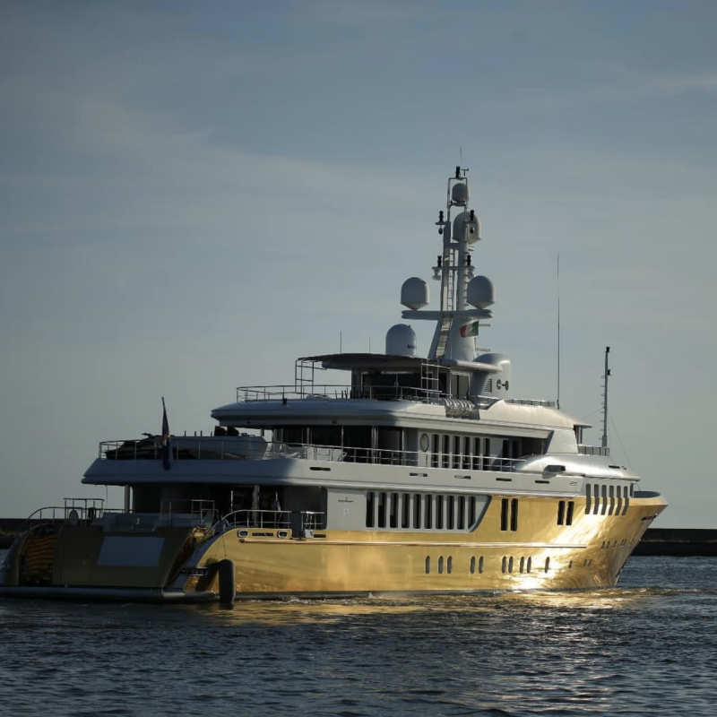41m charter superyacht Legenda attacked with passengers aboard and other  yacht news