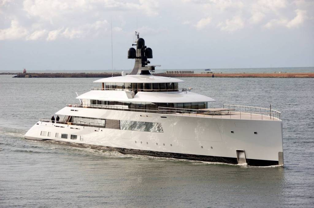 Feadship delivers 77m superyacht Syzygy 818 in Monaco