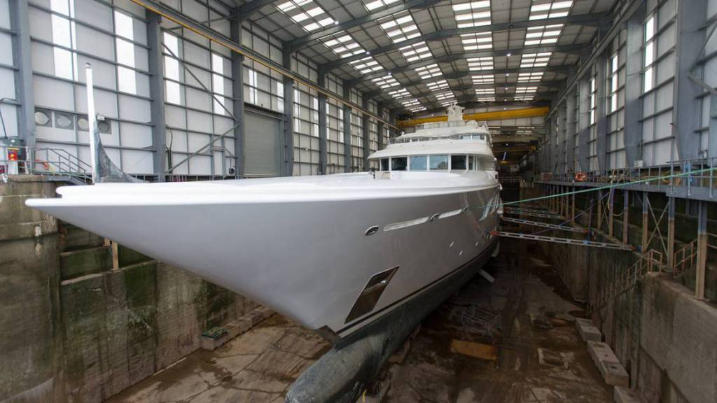 69m Amels superyacht Lady E to undergo winter refit at Pendennis