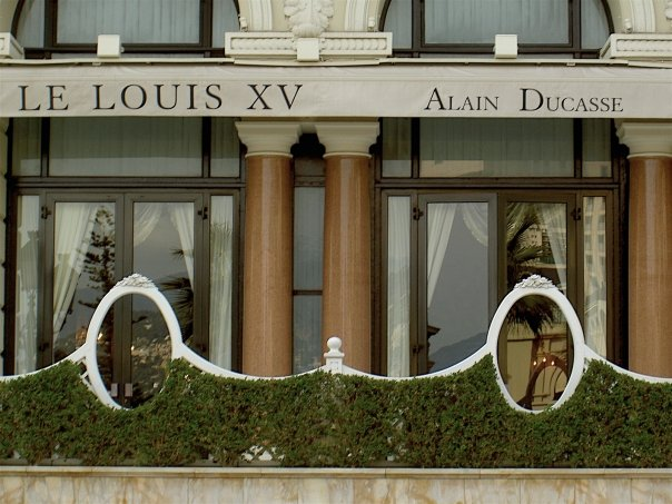 "Louis XV In Monte Carlo Awarded Gault Millau's First Ever Unique ""Masterpiece"" Distinction"