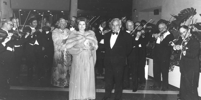Prince Rainier and Princess Grace Kelly enter the Ball de la Rose