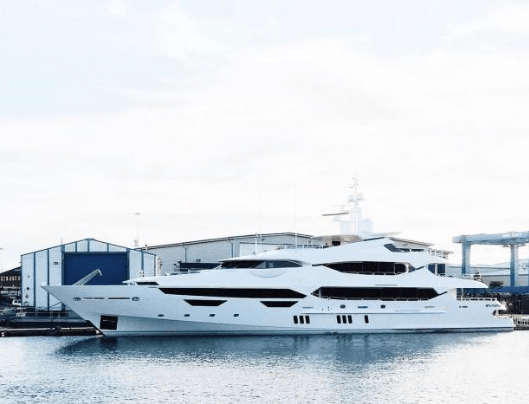 Yacht of Chinese conglomerate, Lai Sun Group