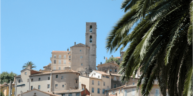 A COUPLE FOUND DEAD IN GRASSE