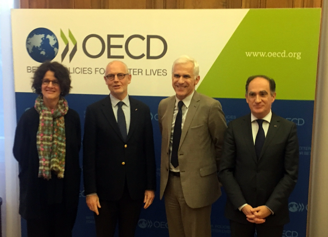 Photo of Presenting the ratification document for the Convention on Mutual Administrative Assistance in Tax Matters to the OECD