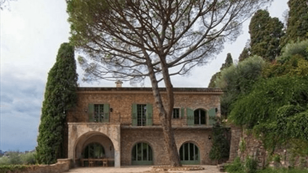 Photo of In Mougins, Picasso's traditional farmhouse goes to auction