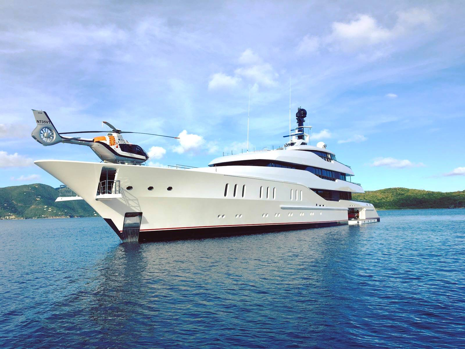 superyacht Vanish