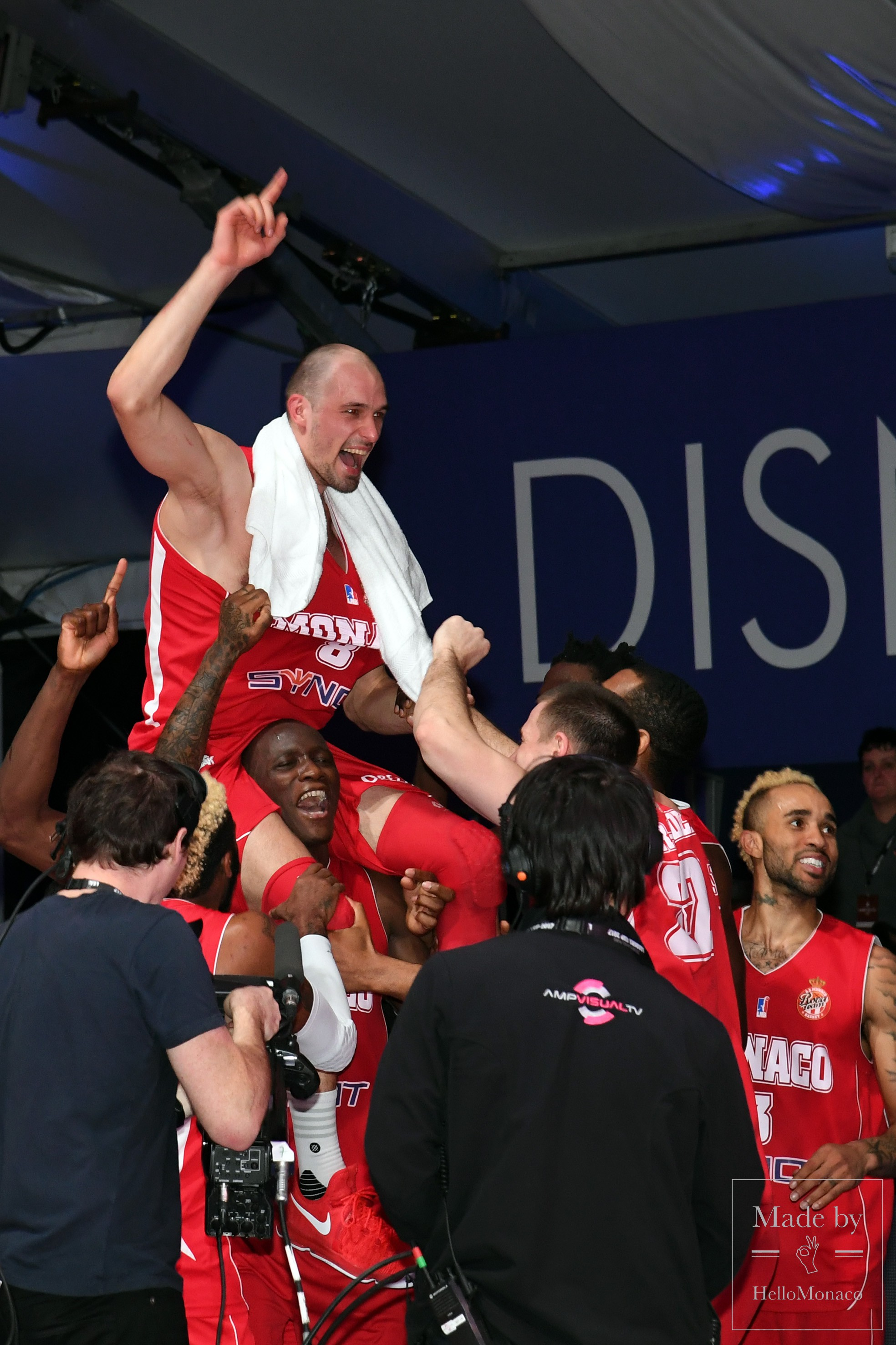 champions. Roca Team vs. ASVEL
