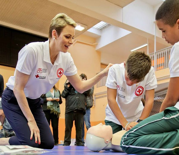 Princess Charlene teaches First Aid
