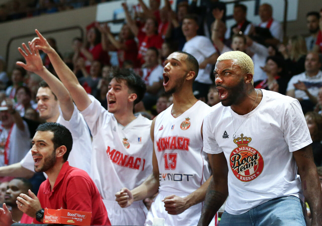 Photo of Roca Team celebrates victory over Asvel 92-88