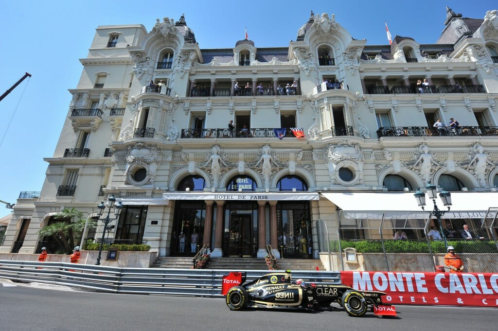 Top 10 monaco terraces with a formula 1 panorama for Hotel bas prix paris