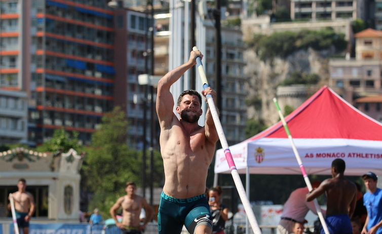 Photo of Pole Vaulting in Monaco with Olympic Champion Thiago Braz