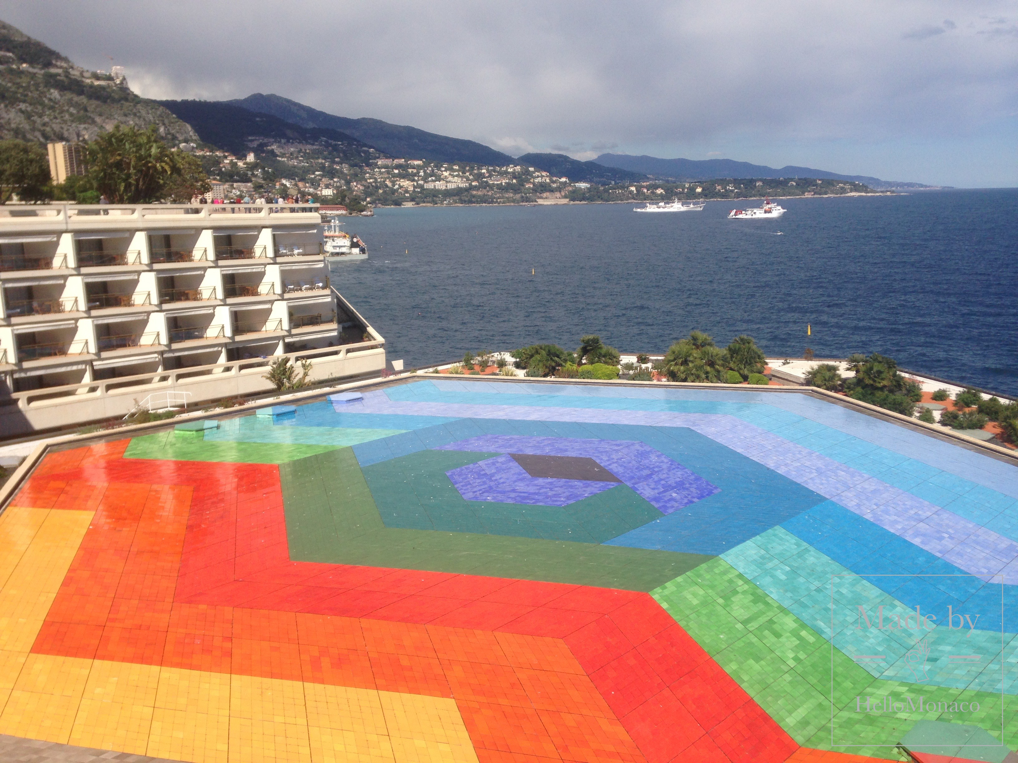 Photo of Sculptures of Monaco: another walk at the Place of Casino