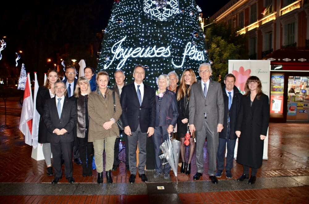 Photo of Ready? Lights, action! Monaco ablaze in Christmas decorations