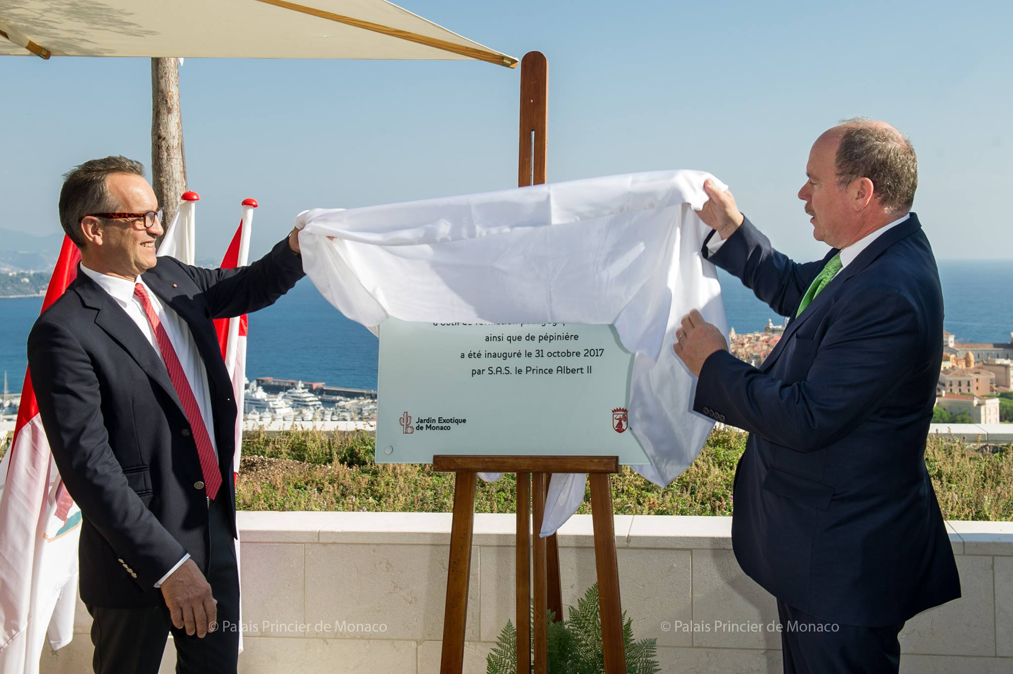 Photo of Monaco top Princely News: Prince Albert II presents Futurum award to Dale Chihuly and inaugurates the Botanical Centre of the Exotic Garden