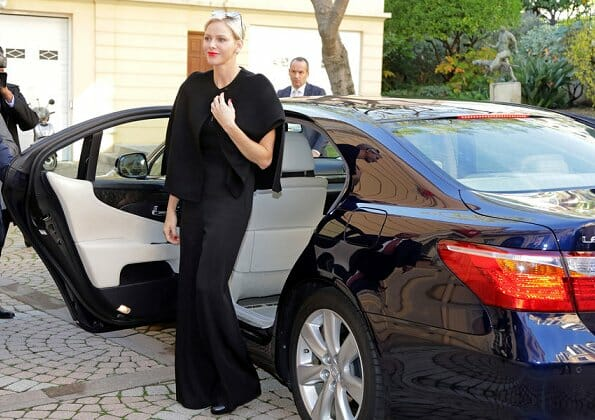 Princess Charlene and Albert visited Redcross' nursing home