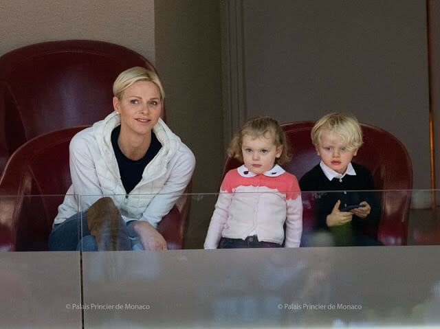 Photo of Princess Charlene and the twins attend their First Basketball Game and other princely news