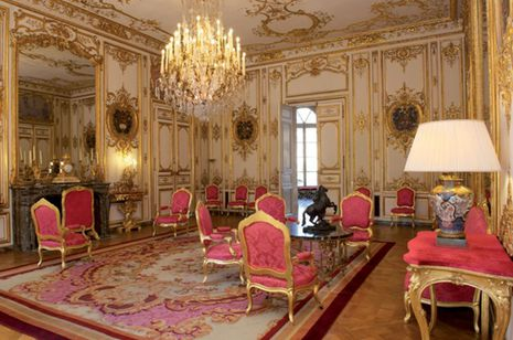 Matignon red room