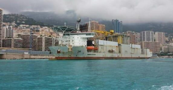Simon Stevin ship