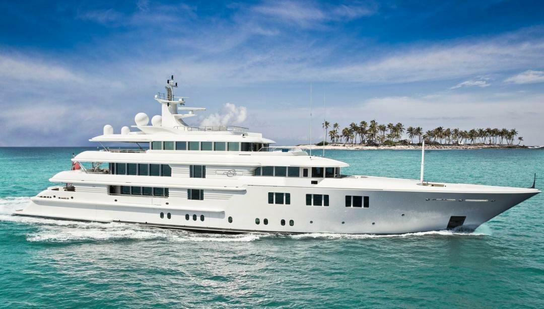 68-metre yacht Lady S