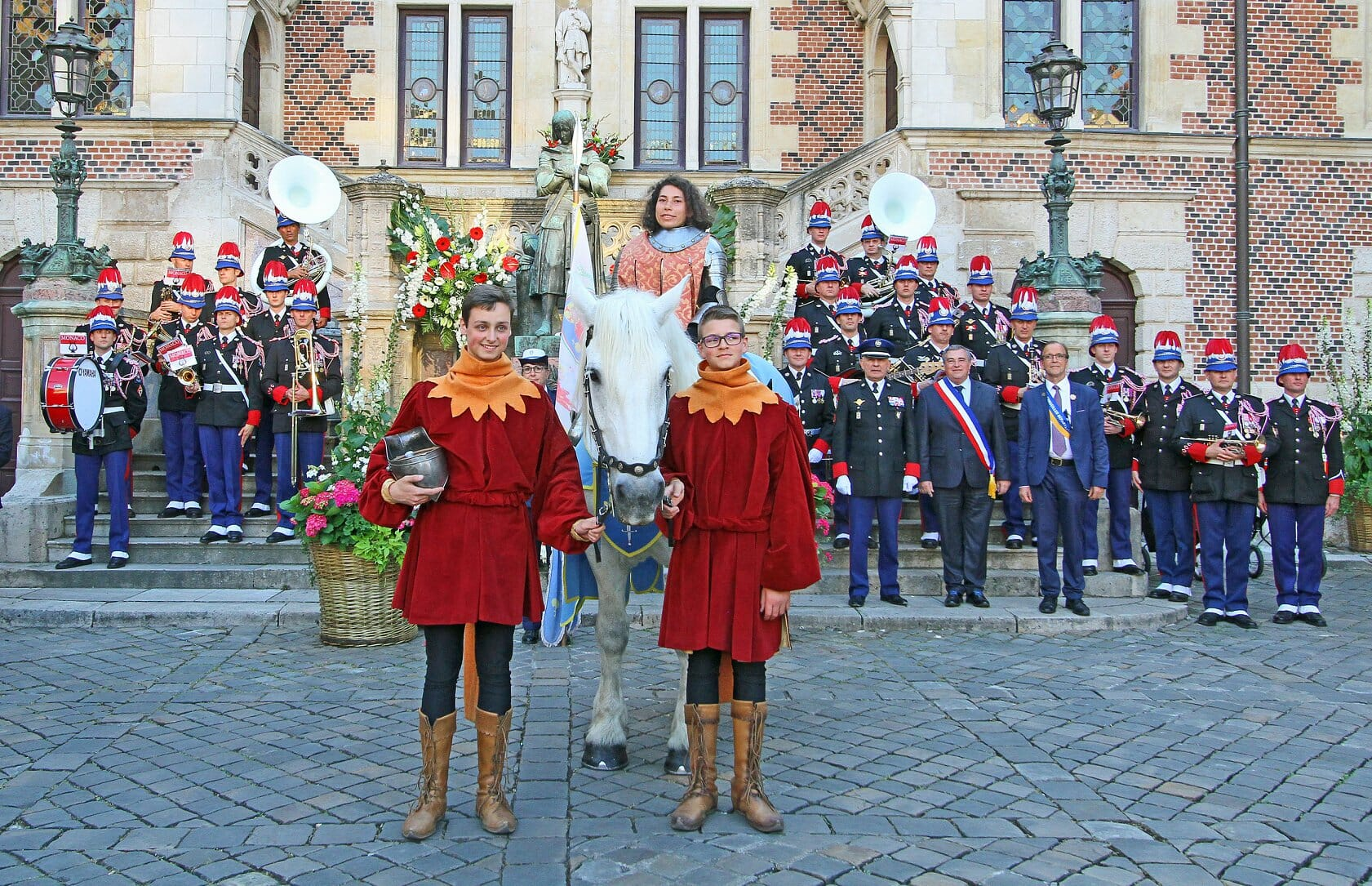 Joan of Arc, Prince Albert's Carabinier Orchestra in Orleans