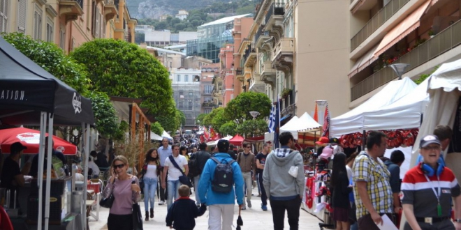Monaco Grand Prix tourists