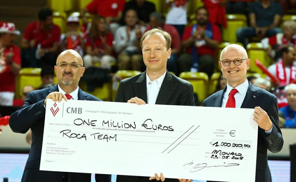 One Million Euro check AS Monaco Basket