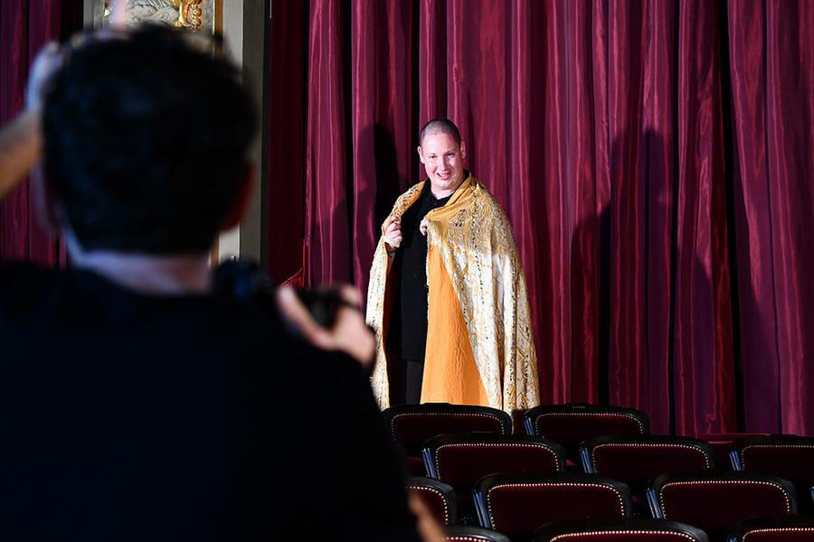 """Flying Gold Cape"" - Opéra Garnier"