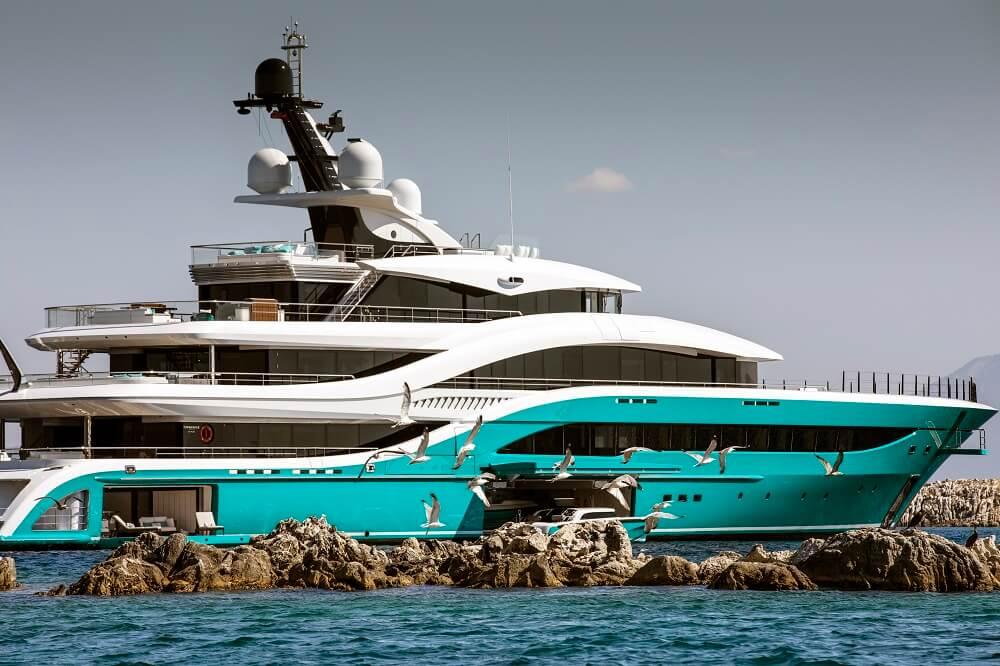 77-metre superyacht Go