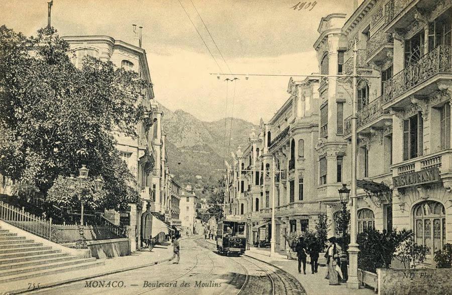 Boulevard des Moulins