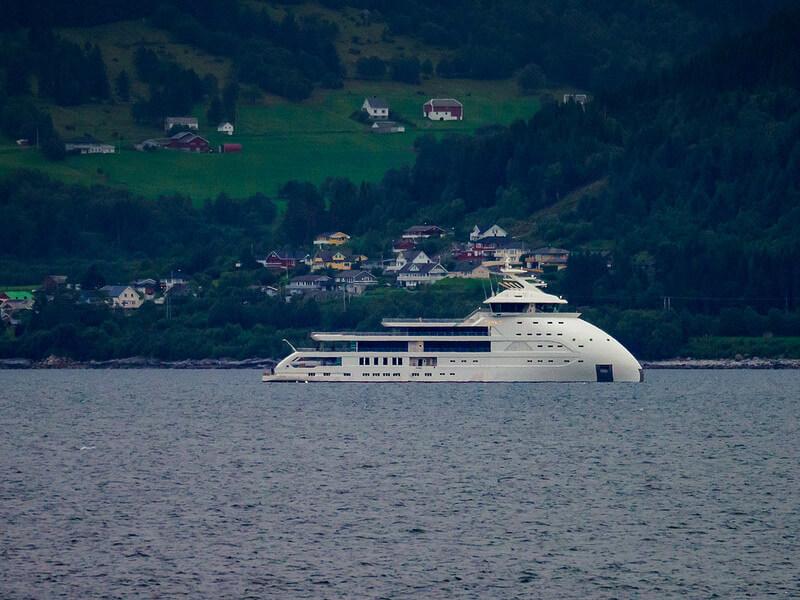 88-metre X-bow superyacht Olivia O