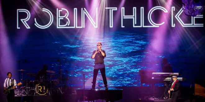 Robin Thicke Monte-Carlo Gala for the Global Ocean