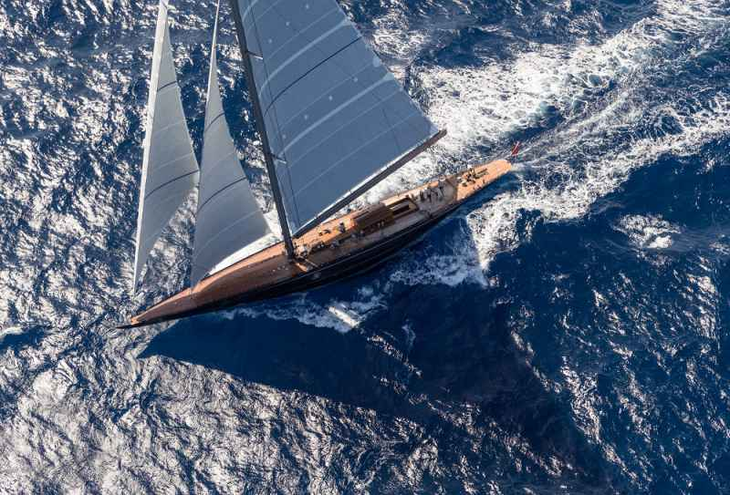 The best in her class : 40-metre sailing yacht Rainbow
