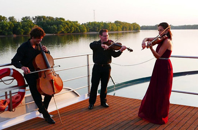 Chamber music concert by the Goldberg Trio