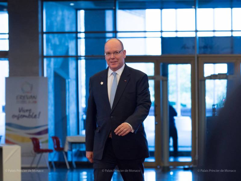 Prince Albert attends XVII Francophonie Summit