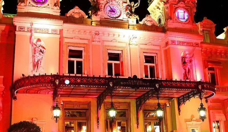 Pink Ribbon Monaco lights