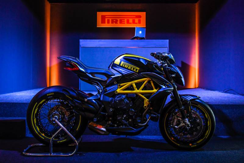Pirelli Dragster 800 RR