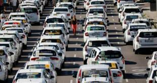 Petrol Prices Inflame Motorists To Block Traffic