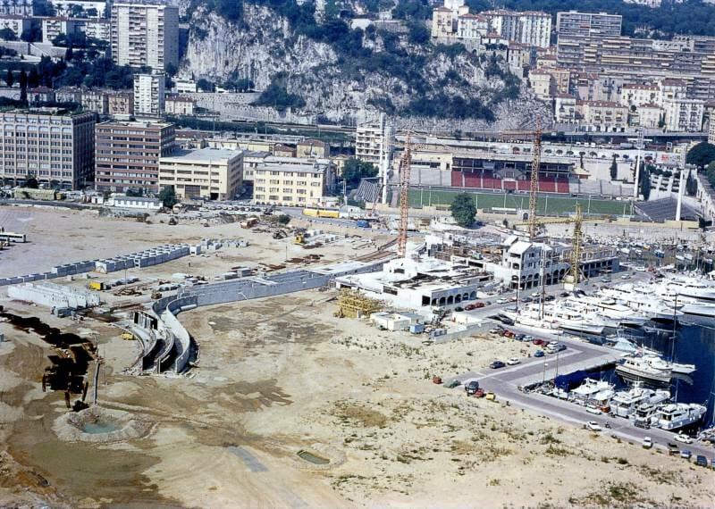 Fontvieille - Construction du Terre-plein - Les premières constructions