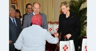Дела княжеские: княжеская чета посетила Центр Красного Креста