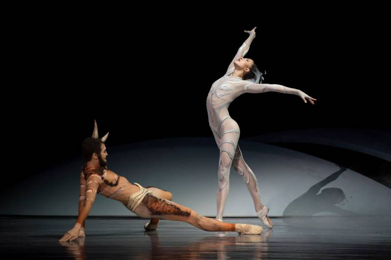 Ballets of Monte-Carlo Wow Thousands in Venice and Athens